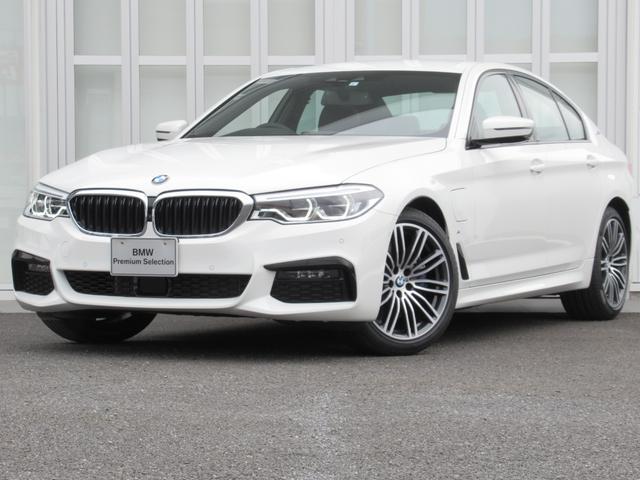 BMW 530e Mスポーツアイパフォーマンス 黒革 ACC LED