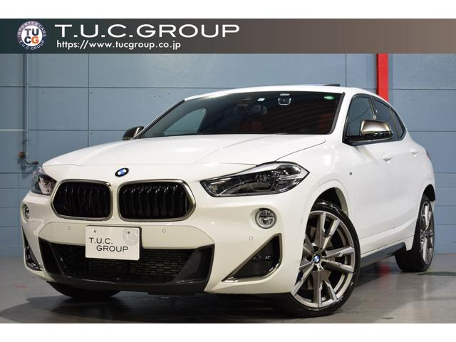 BMW M35i ハイラインPKG ACC コンフォA 赤革 パノラマSR HDDナビ Bカメラ ヘッドアップD 自動Rゲート 専用エアロ&20AW 新車保証