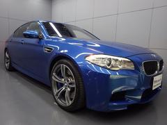 BMWM5 シルバーレザー ガラスサンルーフ