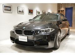 BMWM5 harman/kardonサウンド 黒革 サンルーフ