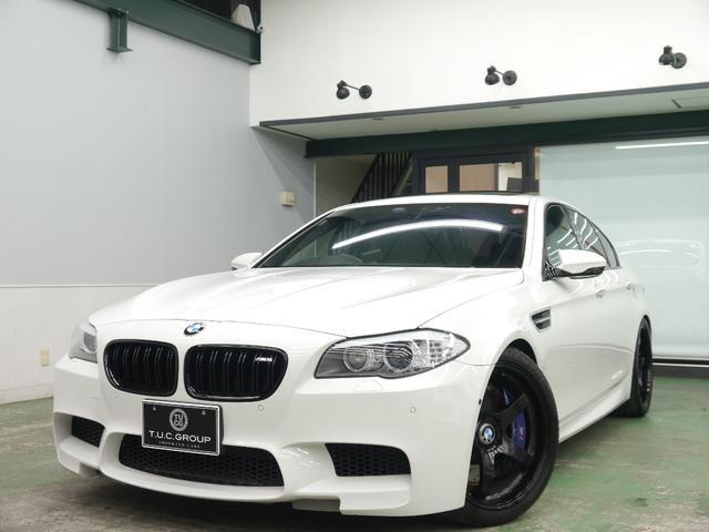 BMW M5 コンフォA 黒革 SR ナビTV 20AW 2年保証