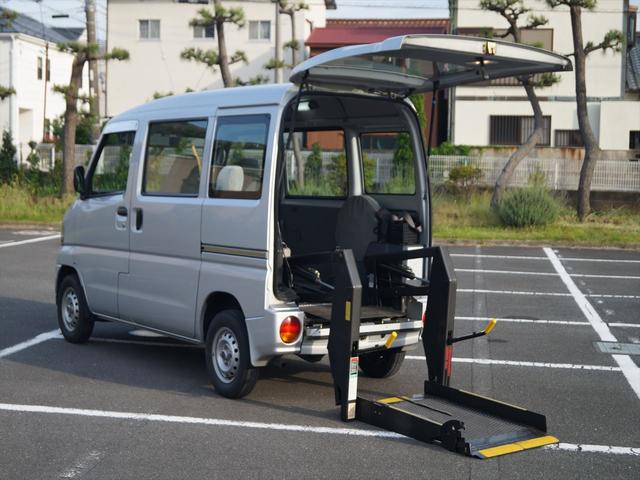 三菱 福祉車両8ナンバー リフト4人乗り ハイルーフ