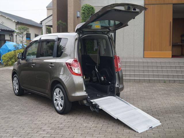 トヨタ G 福祉車両ウェルキャブ車椅子仕様スローパー