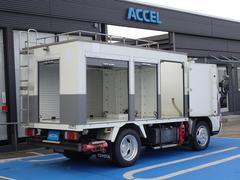 ダイナトラック パネルバン シャッタードア リアラダー バックカメラ 5MT・3ペダル ガソリン車 2TR−FEエンジン 1ナンバー NOx・PM適合