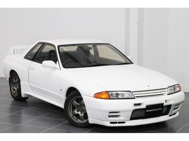 日産 スカイライン GT-R 5速MT