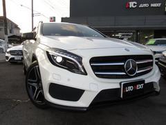 M・ベンツGLA180 スポーツホワイト&ブラックエディション