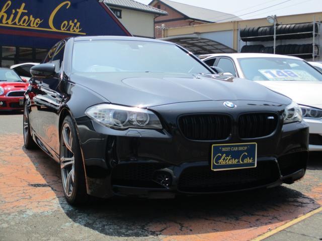BMW M5 M5 サンルーフ 20インチAW 赤レザー