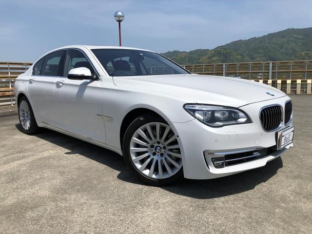 BMW 750i 純正ナビ 地デジTV 360°Bカメラ サンルーフ 黒革シート Pシート シートH シートAC ブレーキS レーンA 車線変更警告 クルーズC Aストップ HUD Pセンサー Pスタート ETC