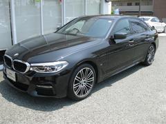 BMW530eMスポイノベーションP黒レザースポーツシート19AW
