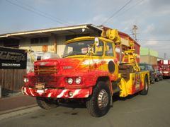 日野ボンネットトラック レッカー車