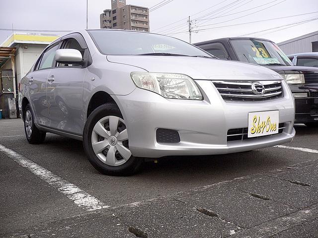 トヨタ X 5速マニュアル 走行13,300km CDキーレス禁煙車