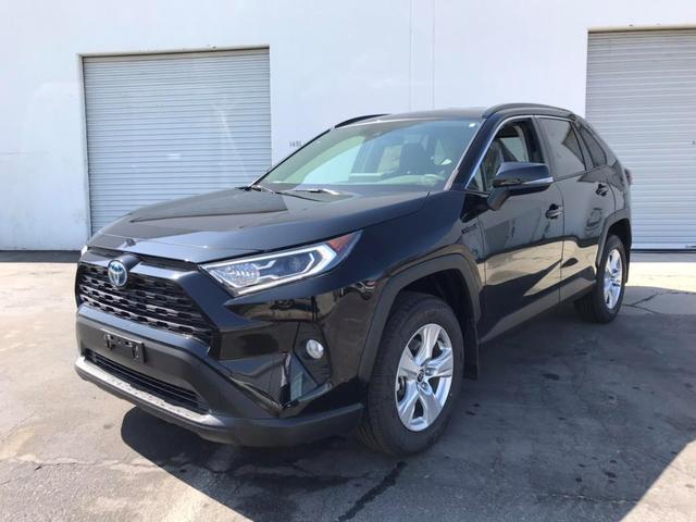 トヨタ  XLE 左ハンドル 北米仕様 ハイブリッド4WD トヨタセイフティ アップルカープレイ使用可