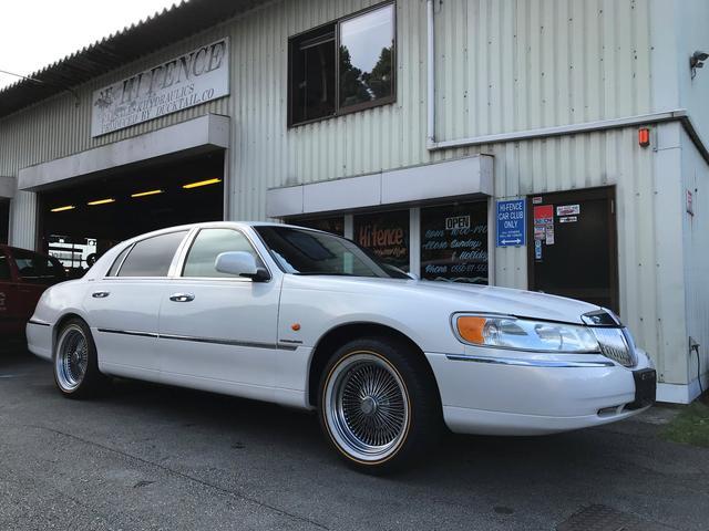リンカーン ディーラー車 67000km シグネチャー ノーマル車