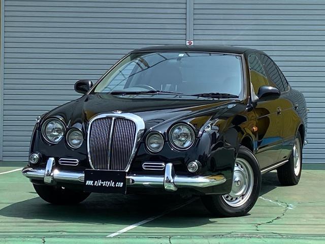 デラックス ブラック本革シート オリジナル内装 クロームメッキバンパー・オーバーライダー、クロームメッキグリル 5ナンバーセダン凌駕
