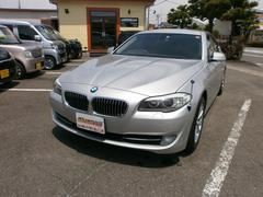 BMW523iハイライン 純正ナビTV バックカメラ 本革シート