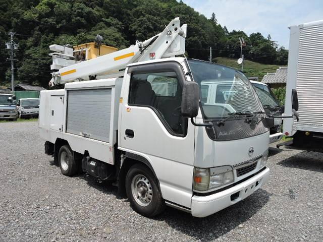 日産 高所作業車総重量5t未満車