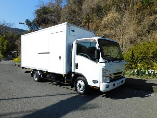 いすゞ エルフトラック  1.6tワイドロングバン両サイドドア車両総重量5t未満車