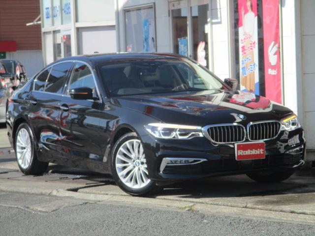 BMW 523iラグジュアリー 革シート
