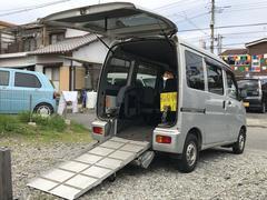 ハイゼットカーゴスローパー 福祉車両 リヤシート 車椅子収納