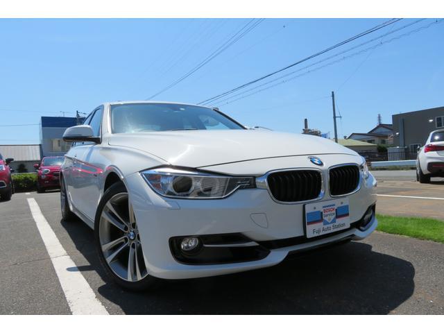 BMW 3シリーズ 320i スポーツ 純正ナビ レザーシート Harman Kardonスピーカー シートヒーター サンルーフ バックカメラ コンフォートアクセス パワーシート Bluetooth ETC 純正ホイール CD・DVD再生