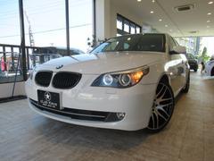 BMW525iハイラインパッケージ 黒本革 サンルーフ 19AW
