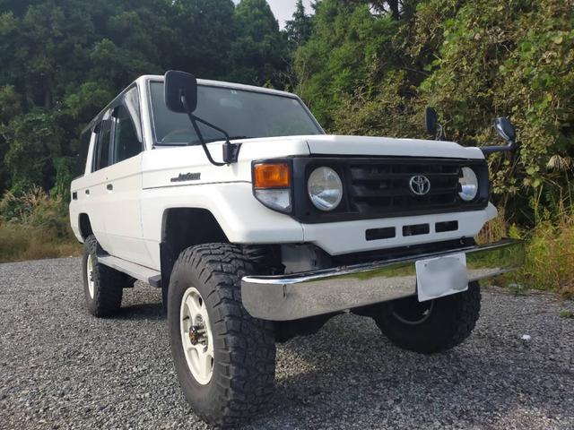 トヨタ  LX(5名)