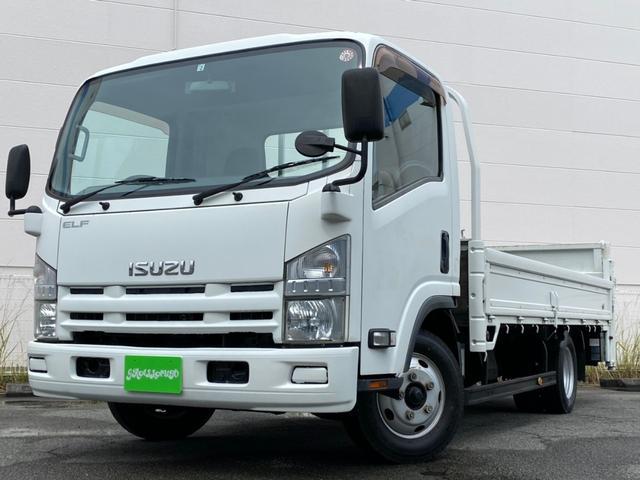 いすゞ エルフトラック  平ボディ パワーゲート車 低床 5MT 3方開 ワイドロング 荷台内寸法 長さ425センチ・床下からバタ上間38センチ・幅206センチ 最大積載量1,900kg