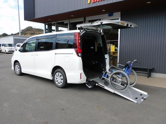 トヨタ ノア  福祉車両 スローパー 車椅子1基5名乗車 最大8名乗車 オーディオ 全国1年保証