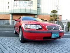 ボルボ V702.4 ベースモデル 禁煙車 黒革シートヒーター付電動シート