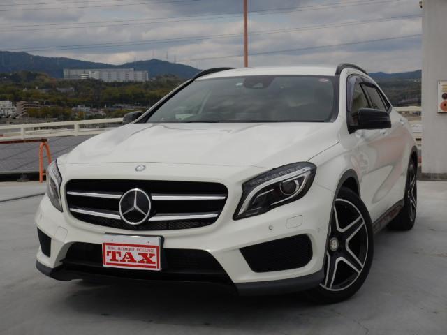 メルセデス・ベンツ GLA180スポーツホワイト&ブラックED 19AW 1オナ