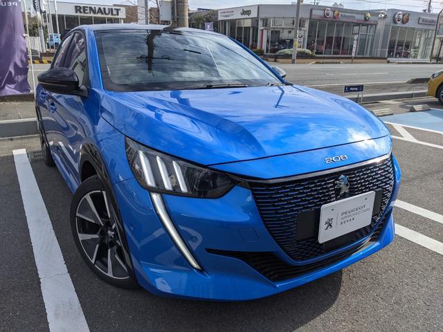 プジョー e-208 GTライン EV フルLEDヘッドライト ブラインドスポットモニター インテリジェントハイビーム ブラックホイールアーチ ブラックルーフ 17インチアロイホイール CarPlay・AndroidAuto対応