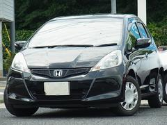フィット13G・スマートセレクション 5MT Bモニタ付ナビTV