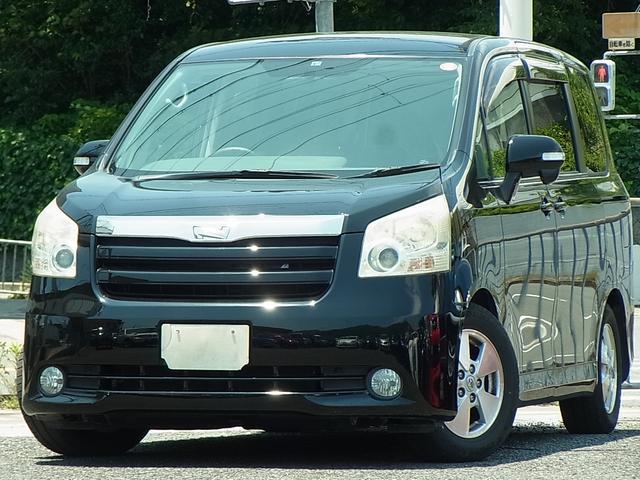 トヨタ ノア X Lセレクション バックモニター付HDDナビTV ETC キセノン 左側電動スライドドア プッシュスタートスマートキー タイミングチェーン