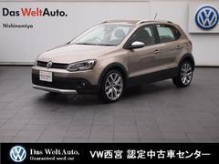 VW ポロクロスポロ ・ 純正SDナビ・RC・ACC・ オートエアコン