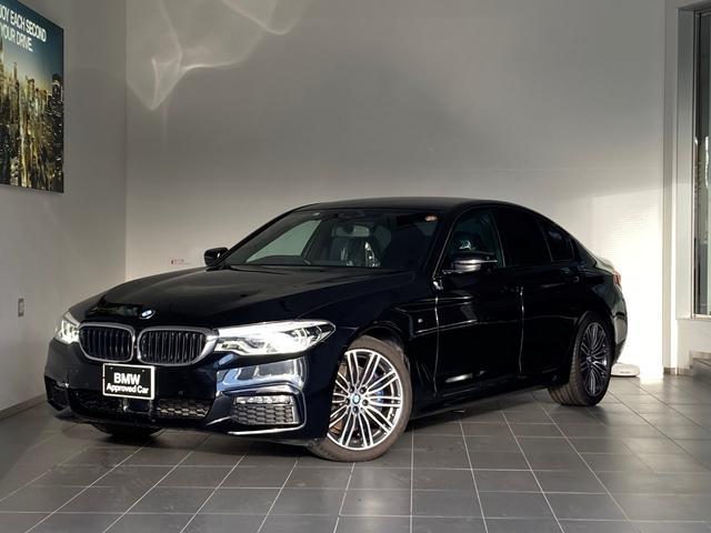 BMW 5シリーズ 530i Mスポーツ ワンオーナー・イノベーションパッケージ・全周囲カメラ・ブラックレザー・シートヒーター・ヘッドアップディスプレイ・LEDヘッドライト・パワーシート・純正19インチAW・地デジ・ジェスチャーコントロール