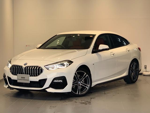 BMW 218iグランクーペ Mスポーツハイラインパッケージ ワンオーナー・アクティブクルーズコントロール・マグマレッドレザー・シートヒーター・LEDヘッドライト・純正HDDナビ・バックカメラ・コンフォートアクセス・純正18インチアルミホイール・ETC・F44