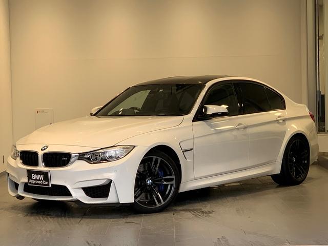 BMW M3 Mサスペンション・LEDヘッドライト・純正19インチアルミホイール・純正HDDナビ・バックカメラ・パワーシート・ブラックレザー・シートヒーター・クルーズコントロール・パドルシフト・カーボンルーフ・