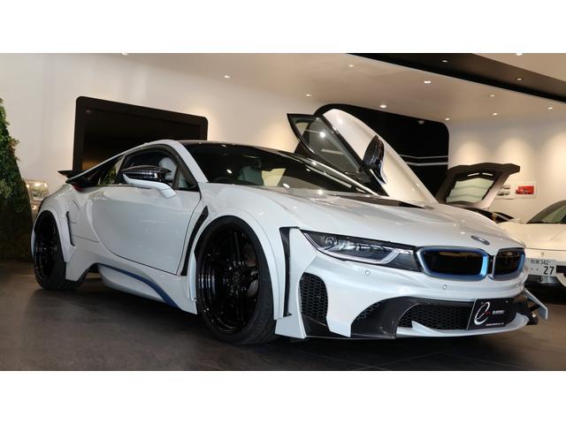 BMW ベースグレード エナジーコンプリートカーEVO i8  カーボンエディション ピュアインパルスパッケージ H&Rスプリング コンフォートアクセス ボンネット&サイドステップ&リアバンパーをボディ同色塗装 スペアキー有