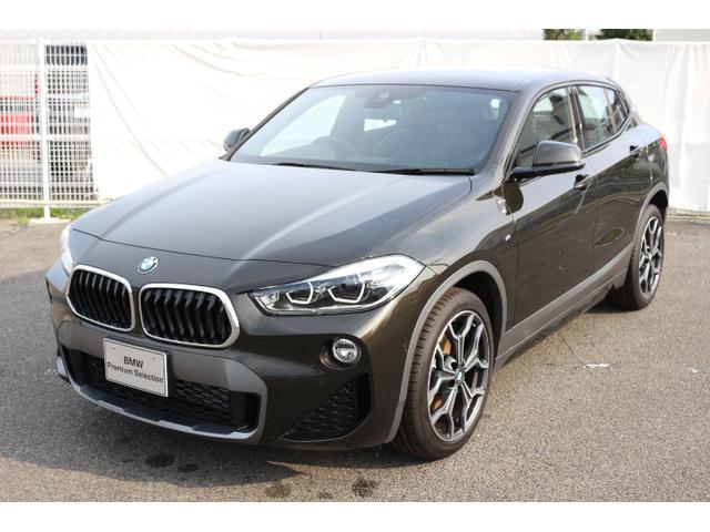 BMW sDrive 18i MスポーツX黒レザーヘッドアップACC