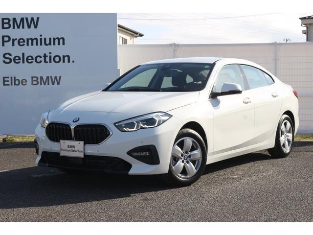 BMW 118i プレイ ヘッドアップDSP ワイヤレスチャージレンタカー登録車 バックカメラ 前後PDC ACC 液晶メーター