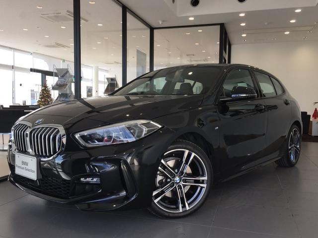 BMW 118i Mスポーツ コンフォートPKG ナビPKG 18インチアロイホイール ACC センサテックコンビネーションシート 電動リアゲート 被害軽減ブレーキ 運転席電動シート コンフォートアクセス ワイヤレスチャージング