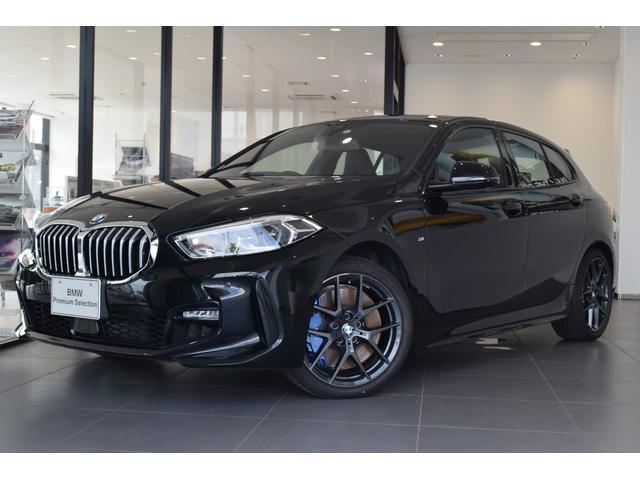 BMW 1シリーズ 118i Mスポーツ ハイラインパッケージ ブラックレザーシート コンフォートPKG ビジョンPKG ハイラインPKG ハーマンカードン サンルーフ 純正18インチアルミホイール 電動シート ストレージPKG シートヒーター 軽減ブレーキ