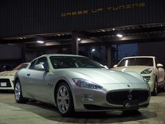 マセラティ グラントゥーリズモベースグレード 正規ディーラー車 左ハンドル 外HDDナビ