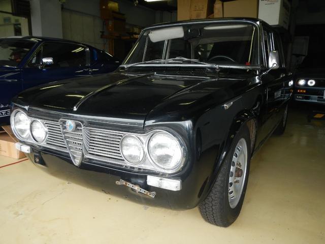 アルファロメオ ジュリアスーパー 1600ベース車両  1965年モデル