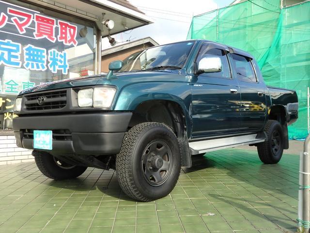 トヨタ ダブルキャブ 4WD 5速マニュアル車