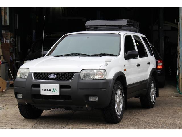 フォード ホワイトプレミアム限定車 黒革シート ガラスサンルーフ