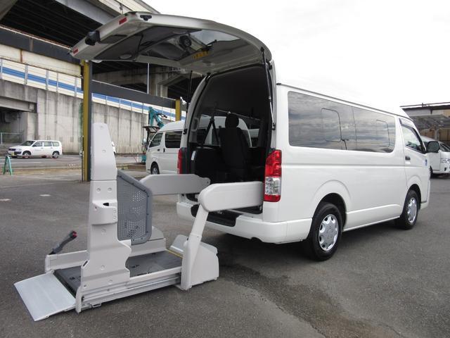 トヨタ 6AT 福祉車両ウェルキャブBタイプ車イス2台固定 事業用可