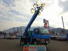 キャンター照明車 6灯式 3段ブーム 標準幅 10尺 発電機付