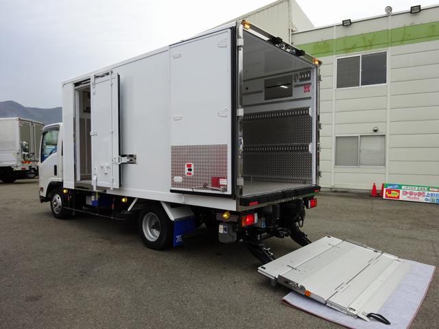 いすゞ 低温冷凍車 格納PG付 スタンバイ 加温機能付 2t積み