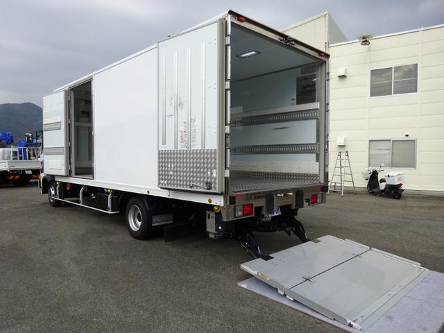 日野 レンジャー  低温冷凍車 -30℃設定 床下格納式パワーゲート 尿素不要 ワイド ベッド付 2650kg積み